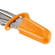 petzl-pick-spike-protection-2